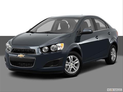 2013 Chevrolet Sonic 4-door LS  Sedan Front angle medium view photo