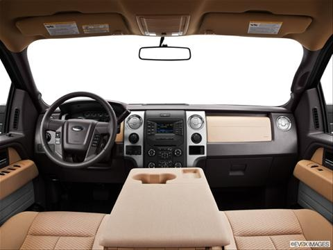 2013 Ford F150 SuperCrew Cab 4-door XL  Pickup Dashboard, center console, gear shifter view photo