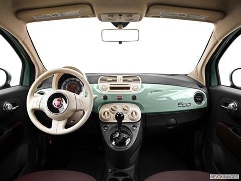 2013 FIAT 500 2-door Pop  Hatchback Dashboard, center console, gear shifter view photo