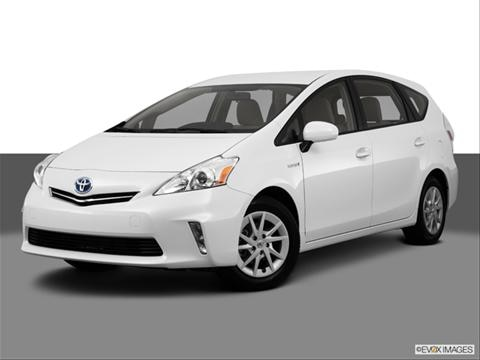 2013 Toyota Prius v 4-door Two  Wagon Front angle medium view photo