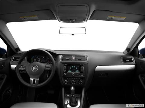 2013 Volkswagen Jetta 4-door Hybrid  Sedan Dashboard, center console, gear shifter view photo