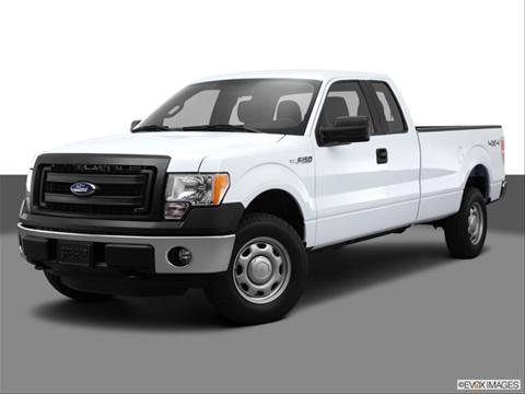 2013 Ford F150 Super Cab 4-door XL  Pickup Front angle medium view photo
