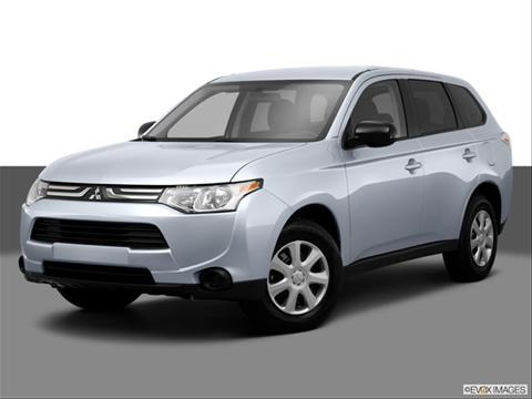 2014 Mitsubishi Outlander 4-door ES  Sport Utility Front angle medium view photo