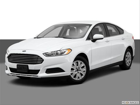 2014 Ford Fusion 4-door S  Sedan Front angle medium view photo