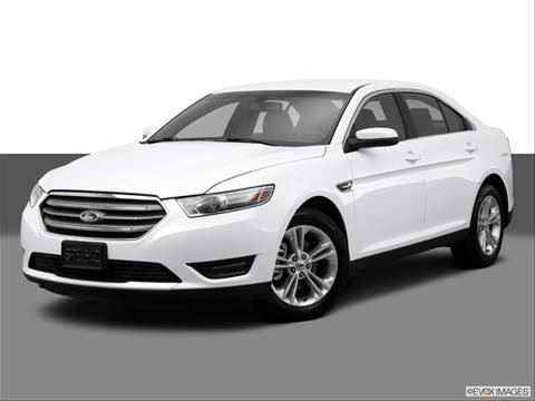 2014 Ford Taurus 4-door SE  Sedan Front angle medium view photo