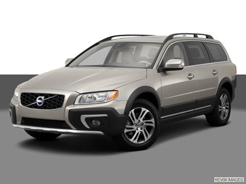 2014 Volvo XC70 4-door 3.2 Platinum  Wagon Front angle medium view photo
