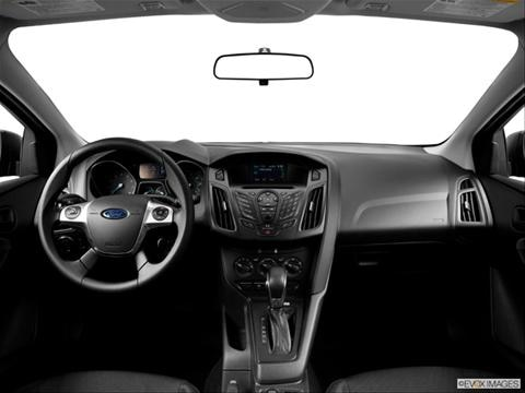 2014 Ford Focus 4-door S  Sedan Dashboard, center console, gear shifter view photo