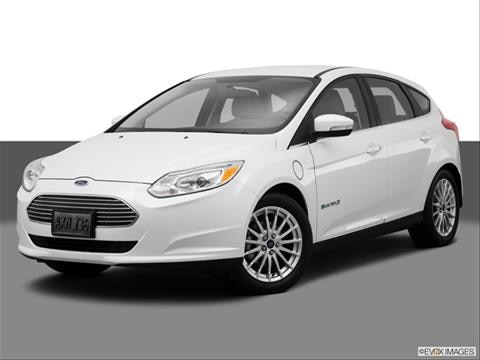 2014 Ford Focus 4-door Electric  Hatchback Front angle medium view photo