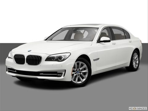 2014 BMW 7 Series 4-door 740i  Sedan Front angle medium view photo