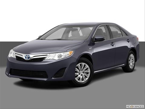 2014 Toyota Camry 4-door Hybrid LE  Sedan Front angle medium view photo