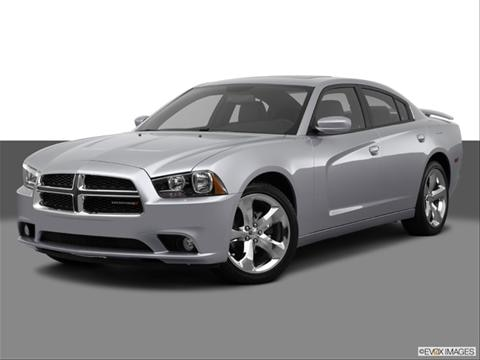 2014 Dodge Charger 4-door SXT Plus  Sedan Front angle medium view photo