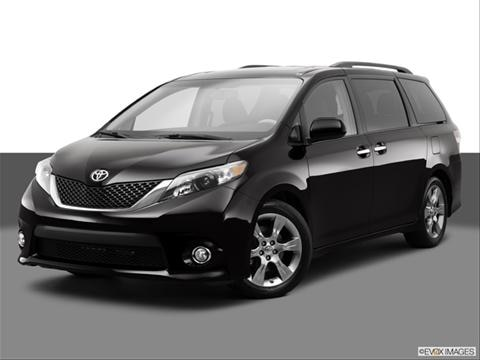 2014 Toyota Sienna 4-door L  Van Front angle medium view photo