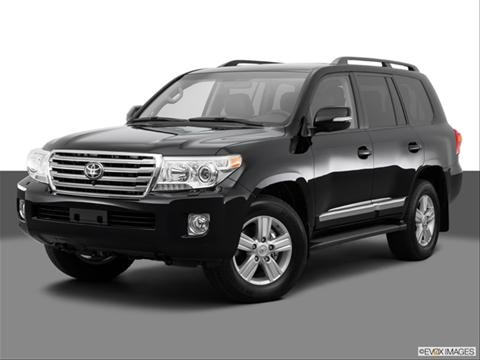 2014 Toyota Land Cruiser 4-door   Sport Utility Front angle medium view photo