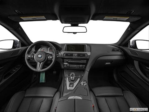 2014 BMW M6 4-door   Coupe Dashboard, center console, gear shifter view photo