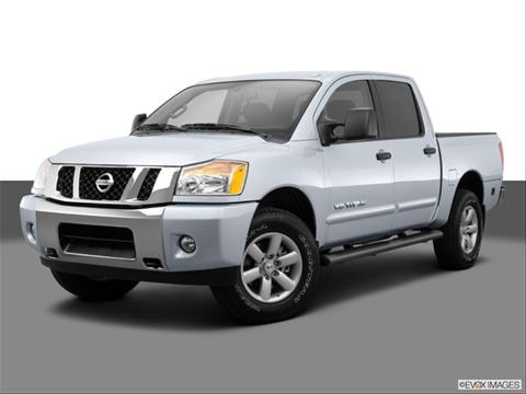 2014 Nissan Titan Crew Cab 4-door SV  Pickup Front angle medium view photo