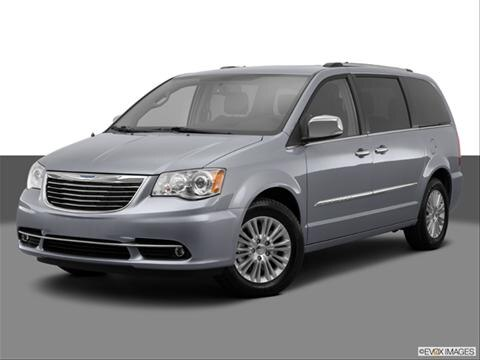 2014 Chrysler Town & Country 4-door Limited  Van Front angle medium view photo