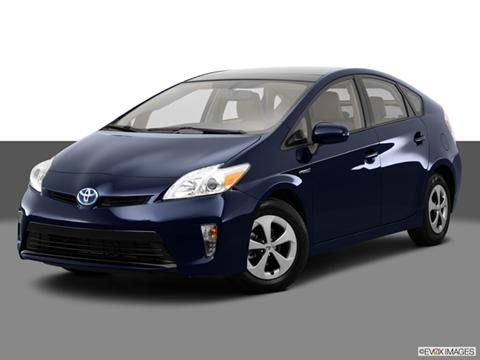 2014 Toyota Prius 4-door Four  Hatchback Front angle medium view photo