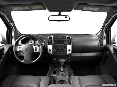 2014 Nissan Frontier Crew Cab 4-door PRO-4X  Pickup Dashboard, center console, gear shifter view photo