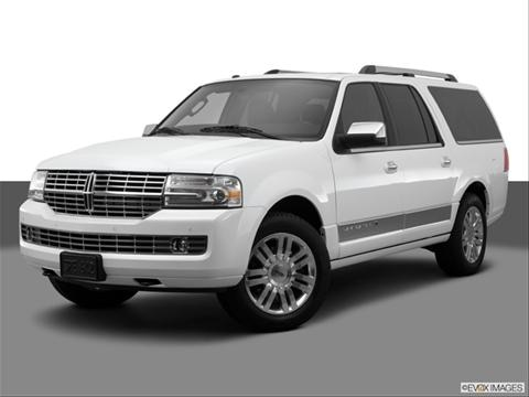 2014 Lincoln Navigator L 4-door   Sport Utility Front angle medium view photo