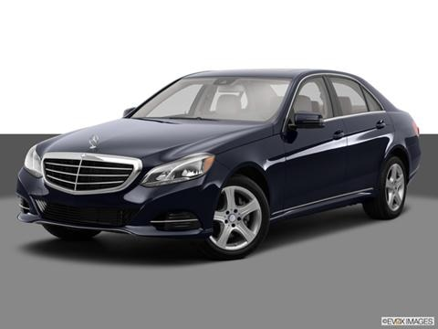 2014 Mercedes-Benz E-Class 4-door E350  Sedan Front angle medium view photo