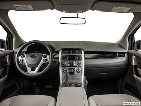2014 Ford Edge 4-door SE  Sport Utility Dashboard, center console, gear shifter view photo