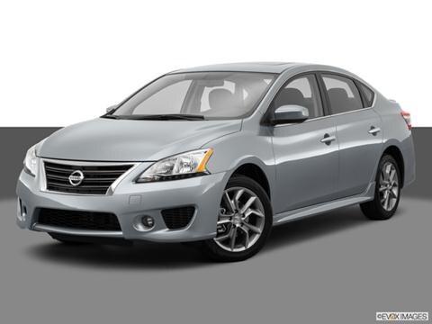 2014 Nissan Sentra 4-door SR  Sedan Front angle medium view photo