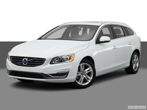 2015 Volvo V60 4-door T5  Wagon Front angle medium view photo