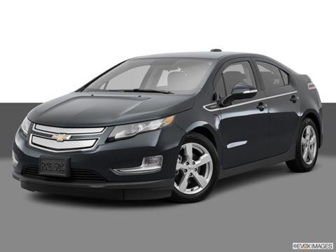 2015 Chevrolet Volt 4-door   Sedan Front angle medium view photo