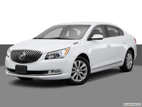 2015 Buick LaCrosse 4-door   Sedan Front angle medium view photo
