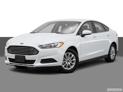 2015 Ford Fusion 4-door S  Sedan Front angle medium view photo