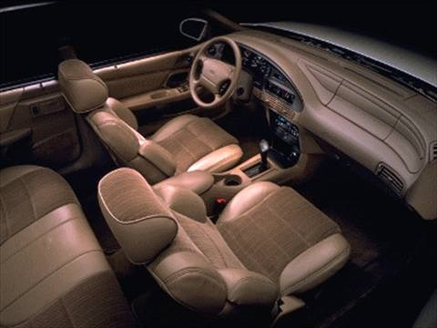 Pre Owned Cars Near Me >> 1995 Ford Taurus GL Sedan 4D Pictures and Videos - Kelley Blue Book
