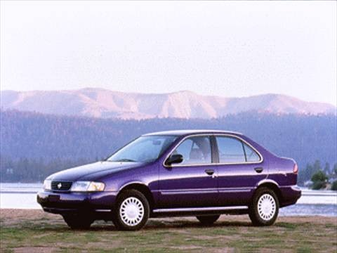 1995 Nissan Sentra Sedan 4D  photo