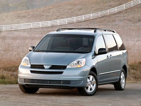 2004 Toyota Sienna CE Minivan 4D  photo
