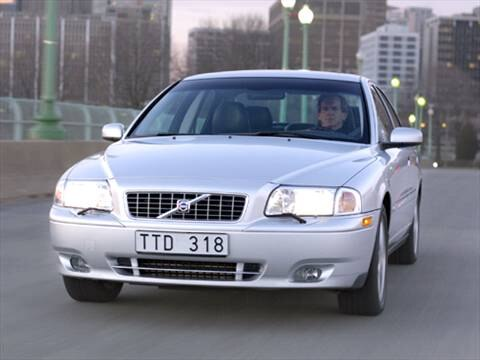 2004 Volvo S80 2.5T Sedan 4D  photo