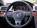 2013 Volkswagen Passat photo