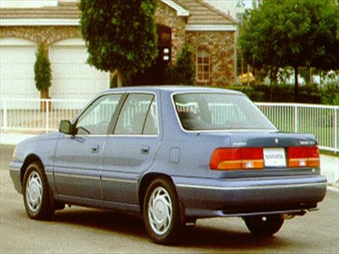 1994 Hyundai Sonata Sedan 4D  photo