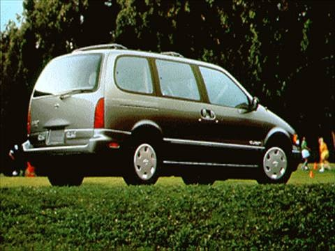 1995 Nissan Quest XE Minivan  photo