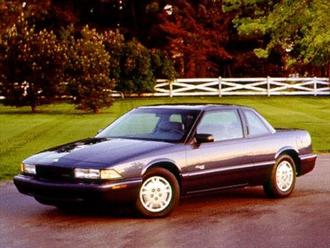 1996 Buick Regal Custom Coupe 2D  photo
