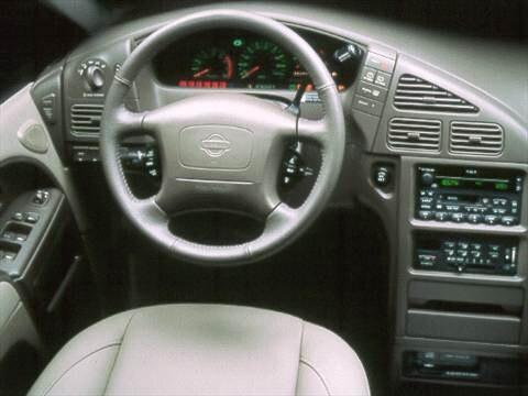 1999 Nissan Quest GXE Minivan  photo