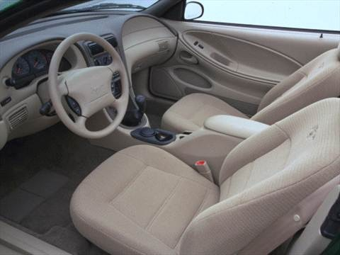 2000 Ford Mustang Coupe 2D  photo