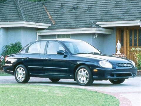 2000 Hyundai Sonata Sedan 4D  photo