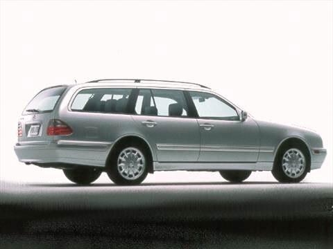 2000 Mercedes-Benz E-Class E320 Wagon 4D  photo