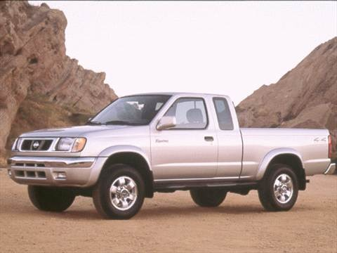 2000 Nissan Frontier King Cab XE  photo