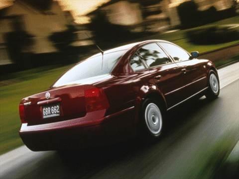 2000 Volkswagen Passat GLS Sedan 4D  photo