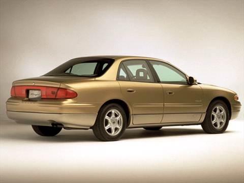 2001 Buick Regal LS Sedan 4D  photo