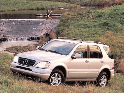 2001 Mercedes-Benz M-Class ML320 Sport Utility 4D  photo