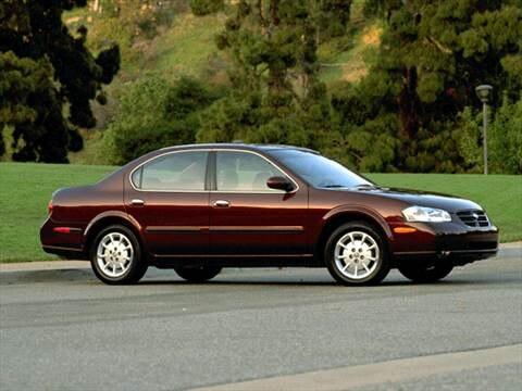 2001 Nissan Maxima GXE Sedan 4D  photo