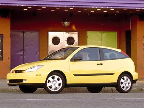 2002 Ford Focus ZX3 Hatchback 2D  photo