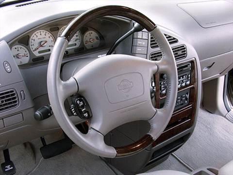 2002 Nissan Quest GXE Minivan  photo