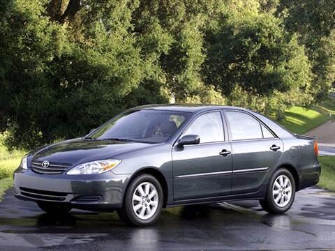 2002 Toyota Camry XLE Sedan 4D  photo